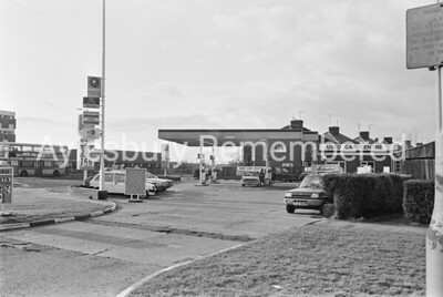 Henlys, Bicester Road