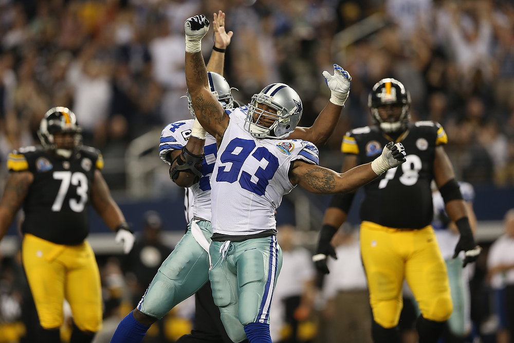 Description of . Anthony Spencer #93 of the Dallas Cowboys celebrates a sack against Ben Roethlisberger #7 of the Pittsburgh Steelers at Cowboys Stadium on December 16, 2012 in Arlington, Texas.  (Photo by Ronald Martinez/Getty Images)