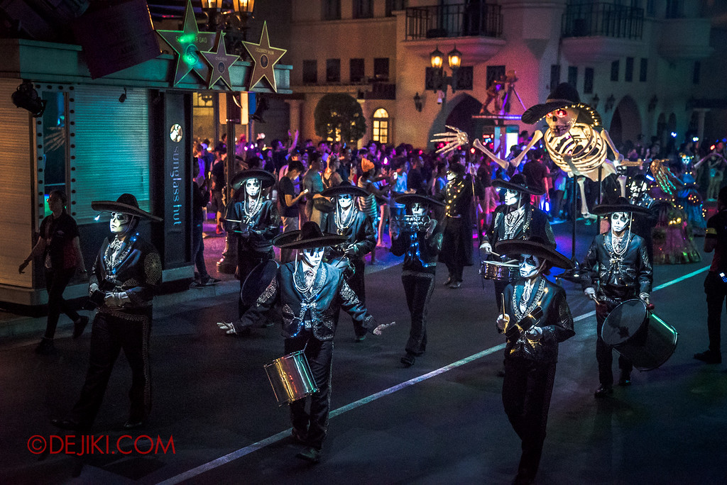 Halloween Horror Nights 6 - March of the Dead / Death March - The Band in Hollywood