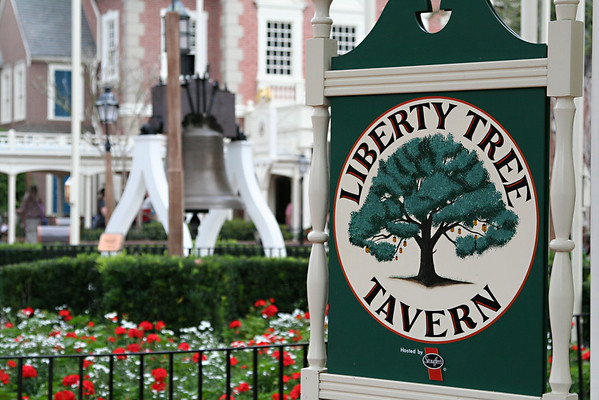 Liberty Tree Tavern and Mickey's Very Merry Christmas Party