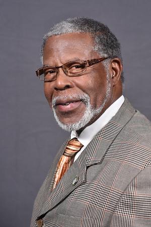 Earl Whitaker Sr