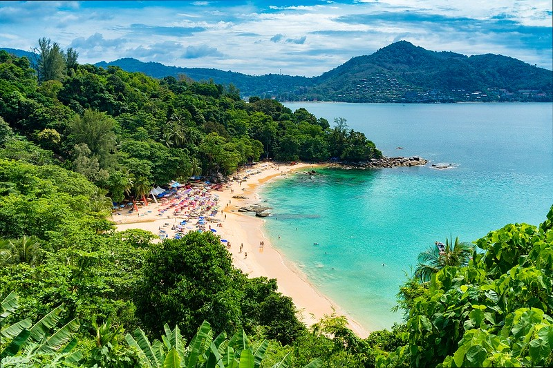 Enjoy a romantic yet economical holiday in Phuket