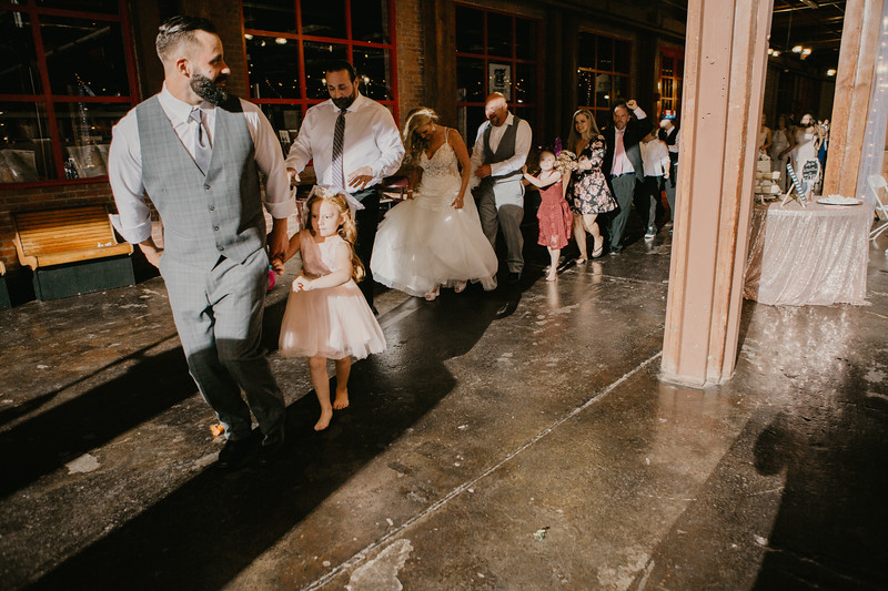 Lacy and Craig-9465.jpg