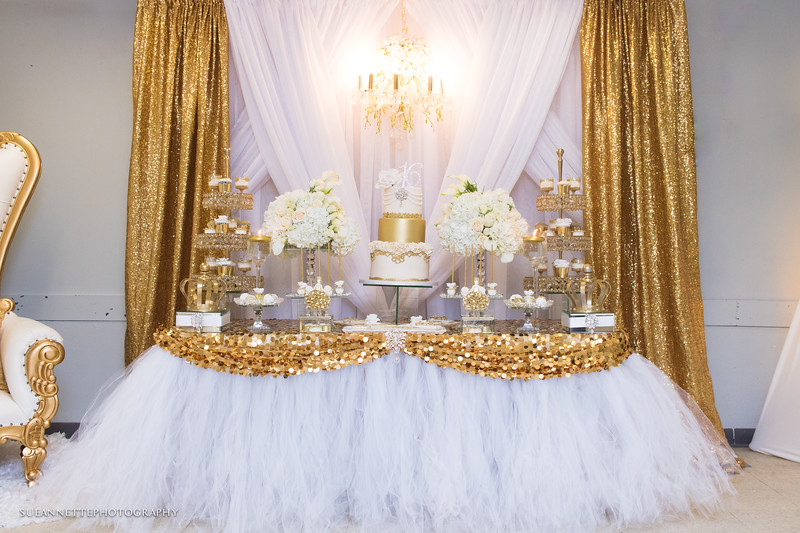 Gold & White Sweet 16