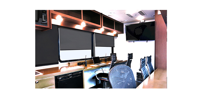 mobile-office-interior-3.png