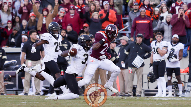RB Terius Wheatley loses a fumble in the first quarter. (Mark Umansky/TheKeyPlay.com)
