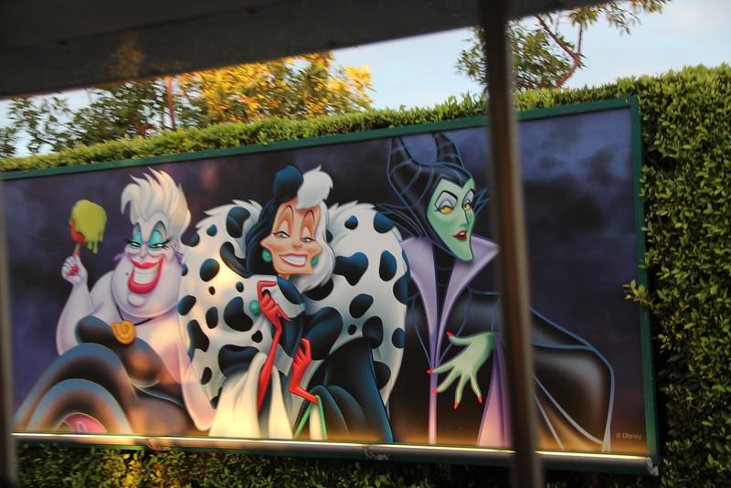 Disney Halloween 002.jpg