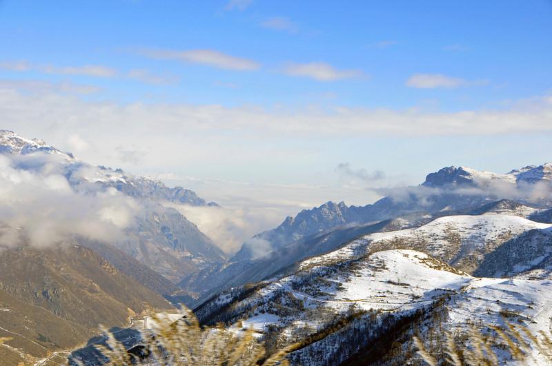 081217 0580 Armenia - Meghris - Assessment Trip 03 - Drive to Meghris ~R.JPG