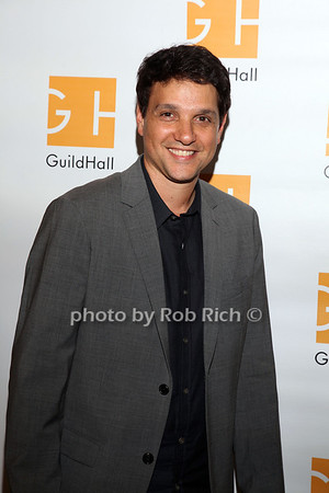 Ralph Macchio photo by R.Cole for Rob Rich/SocietyAllure.com © 2013 robwayne1@aol.com 516-676-3939