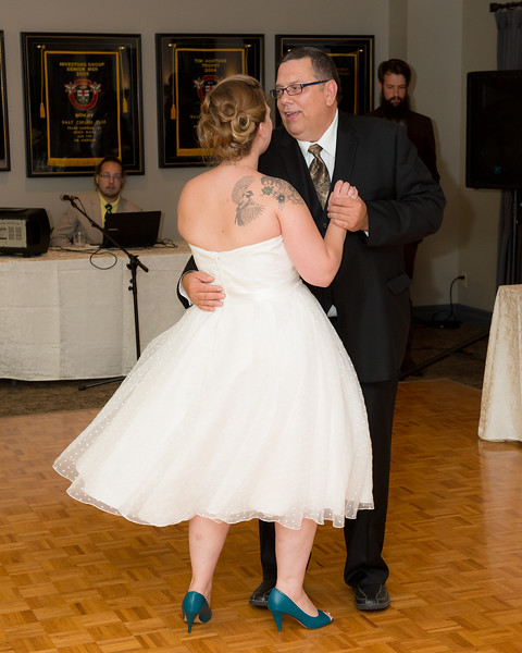 EDITS - Ryan and Lindsey Wedding 2014-746.jpg