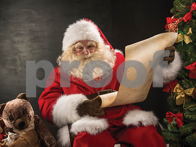 florida-mall-santa-told-a-young-girl-that-hillary-clinton-made-the-naughty-list