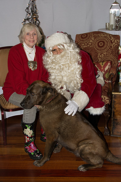 MHS Santa Photos - Bay Club Stonetree