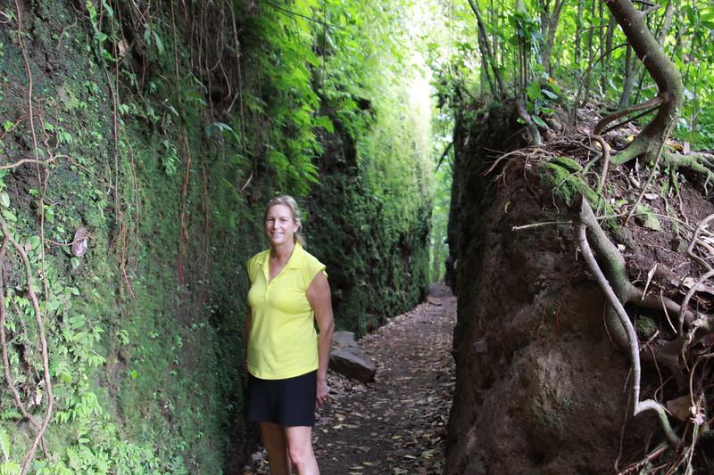 Hiking on Mombacho volcano