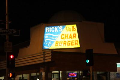 GILBERT STOKES @ RICK'S BURGERS - 08.20.16