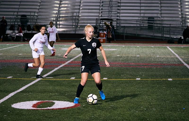 18-09-27 Cedarcrest Girls Soccer Varsity 415.jpg