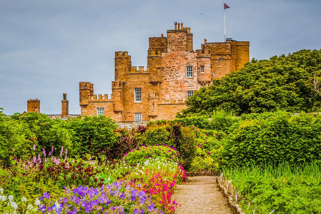 苏格兰梅城堡(Castle of Mey),远望英姿