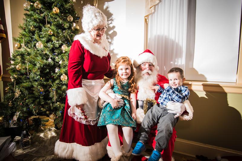 Bernardo Christmas 2018-256.jpg