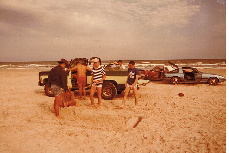 SQ6 Fish Buddies 1986 (8).jpg