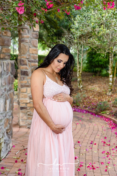 VIVI & WAGNER - MATERNITY OUTDOORS