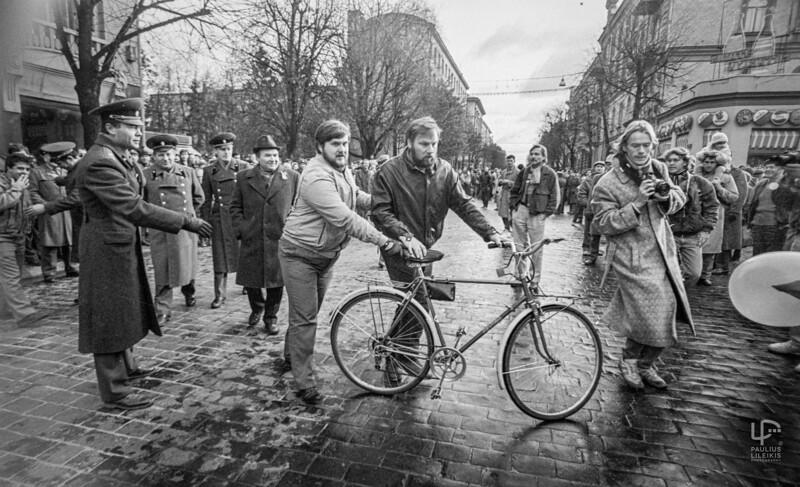 Renatas Neverbickas ir situacija Raudonojo Spalio grimasos 1990m.