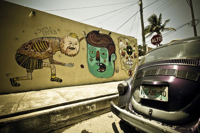 mazatlan crazy graffiti rogers park.jpg