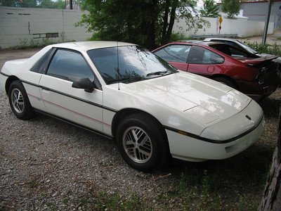 Fiero 88 coupe