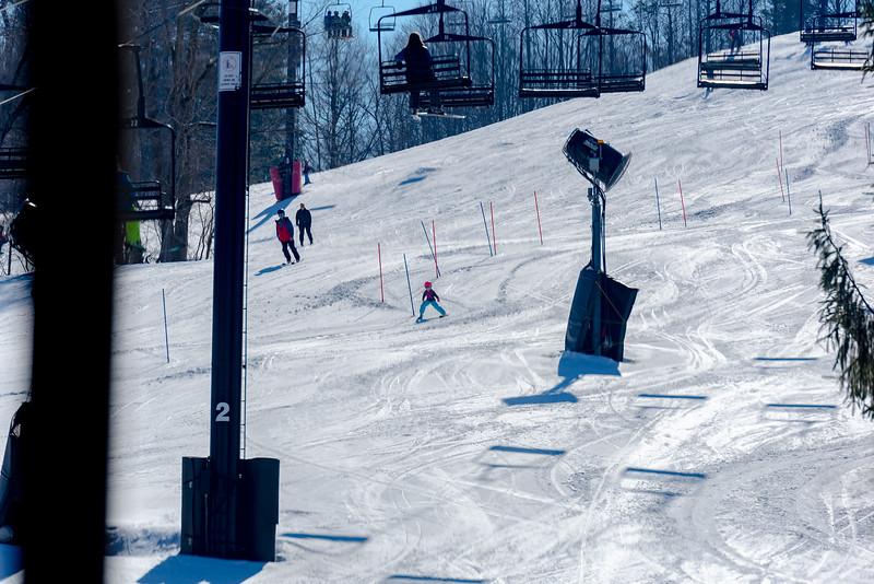Standard-Race_2-3-18_Snow-Trails-73642.jpg