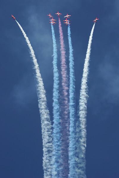 RedArrows-RoyalAirForce-2005-07-16-FFD-EGVA-GJ7I4799-DanishAviationPhoto.jpg