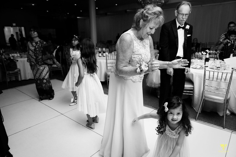 Wedding of Elaine and Jon -731.jpg