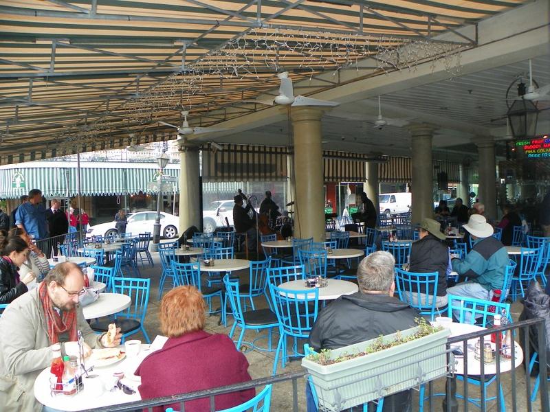 074-market-cafe.jpg