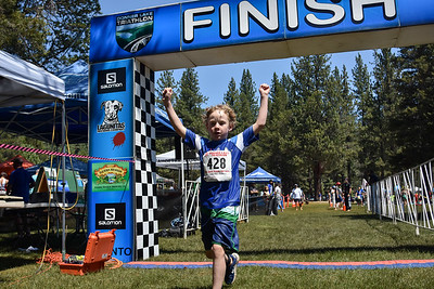 Donner Lake Tri Kids Finish