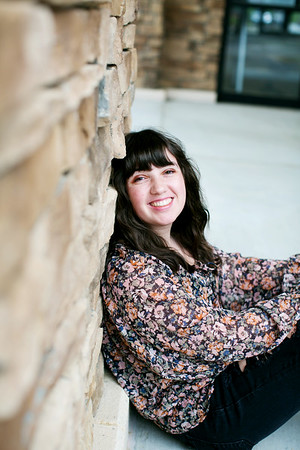 Megan Senior Pictures