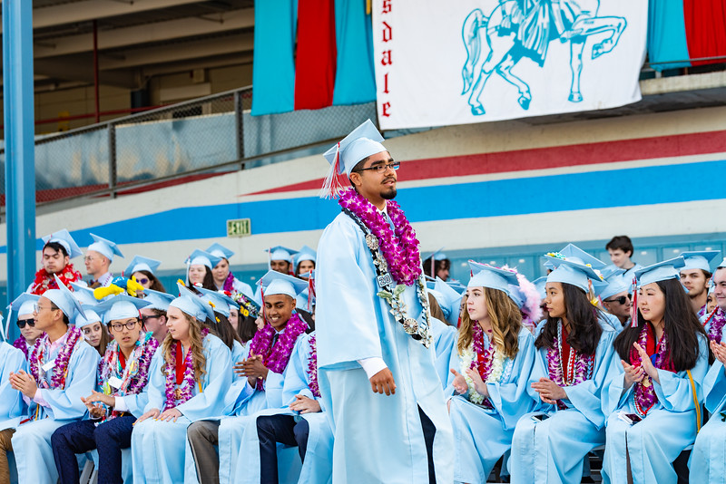 Hillsdale Graduation 2019-10442.jpg