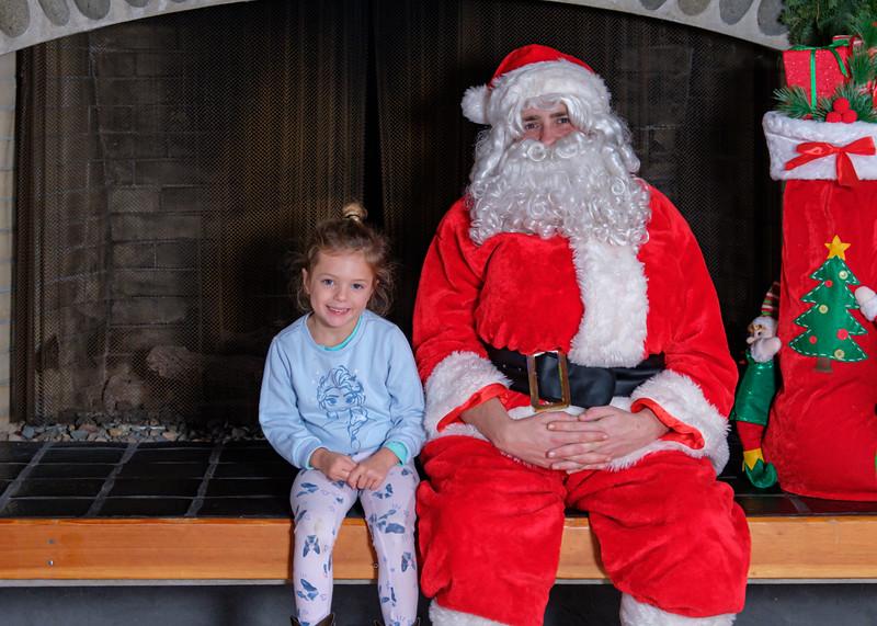 CB Santa 2019-7770.jpg