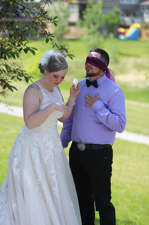 The Kiss before the Wedding