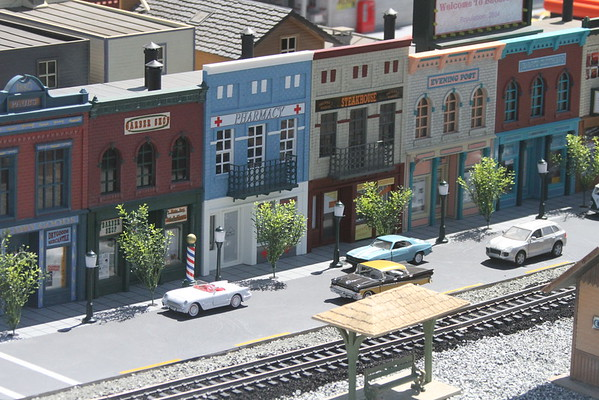 Model Trains - Bay area garden society