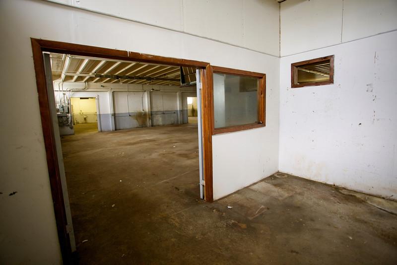 2571NW4thCt_Warehouse13.jpg
