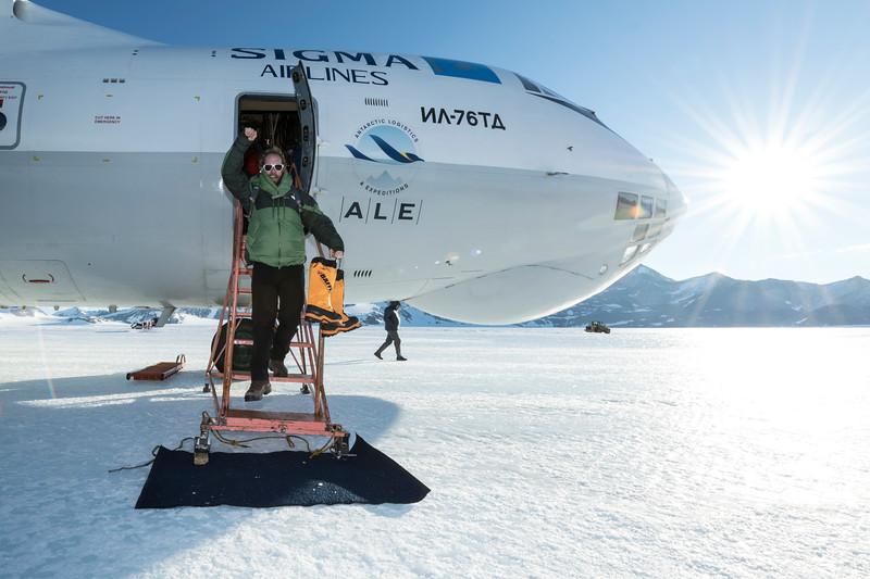 Punta IL76 Union Glacier -1-2-18070840.jpg