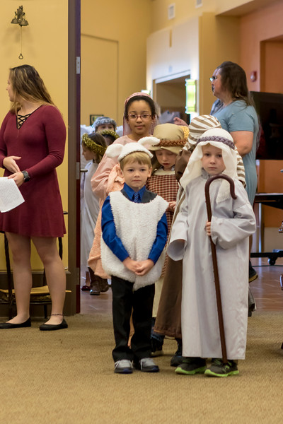 2017 Christmas Pageant-8803.jpg