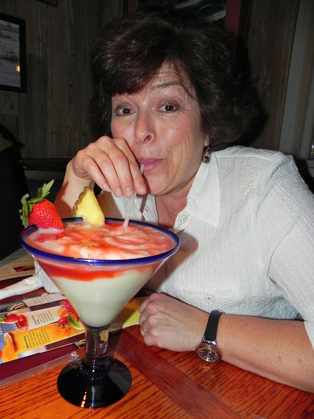 2011/2/25 – It was Lisa's Birthday and she wanted to have sea food so we went to Red Lobster. But no birthday is complete without a giant specialty drink. Lisa loves her fruit so this fruity concoction was the perfect thing for her. HAPPY BIRTHDAY LISA!!!