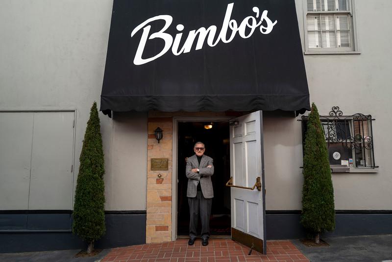 bimbos 365875632-4-20.jpg