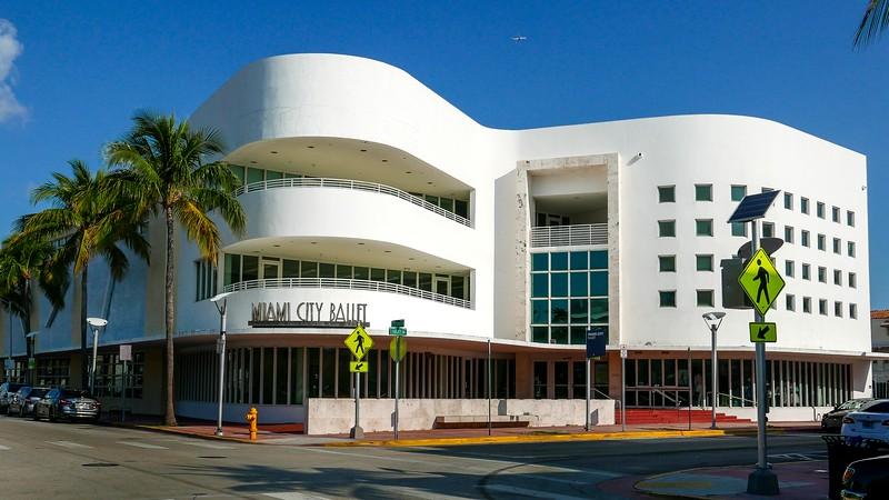 V3935 Miami Beach.jpg