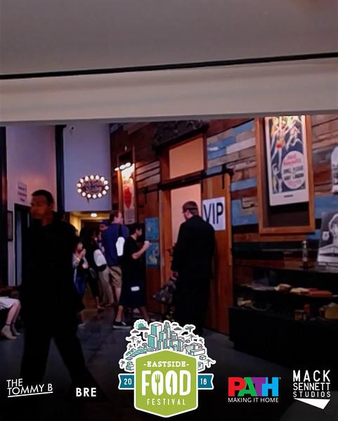 MackSennett_2016-10-02_16-33-04.mp4