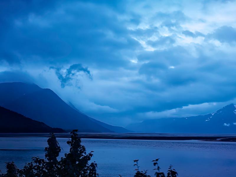 Alaska Railroad Blue-Gold