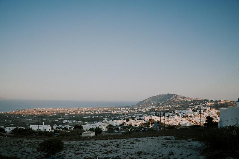 Tu-Nguyen-Destination-Wedding-Photographer-Santorini-Elopement-Alex-Diana-110.jpg