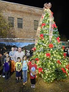 Lighting of Live Oak's Christmas tree