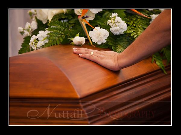 Lori Funeral 163.jpg