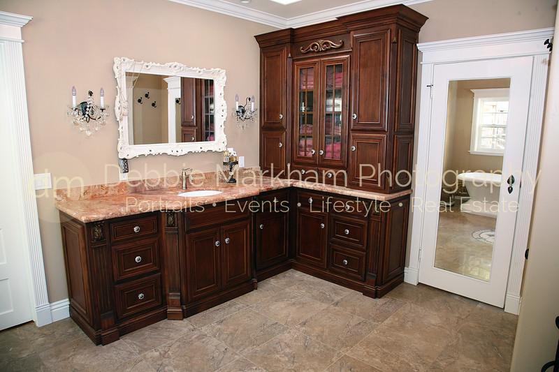 Greystone Manor Master Bathroom Horizontal-Cambria.jpg