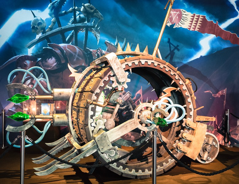 Warhammer vehicle at Gamescom 2017