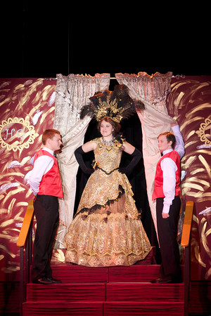 Hello Dolly 2012 - Harmonia Gardens